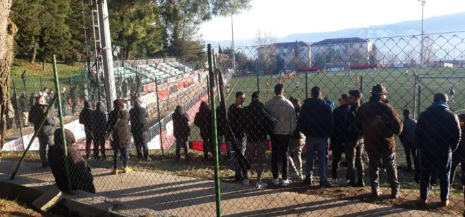 ECCELLENZA CAMPANA,LO STADIO DI BUCCINO DIVENTA UN CASO POLITICO,TRIBUNA CHIUSA AD OLTRANZA
