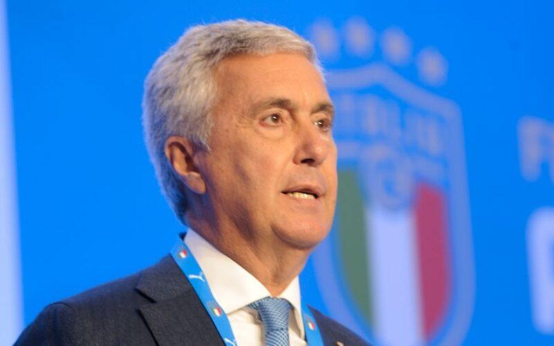 LO URLIAMO AD ALTA VOCE: FERMATE SIBILIA LA ROVINA DEL CALCIO ITALIANO!